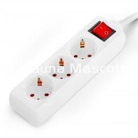 Regleta con interruptor 3 tomas cable alargador base de for Regletas de enchufes